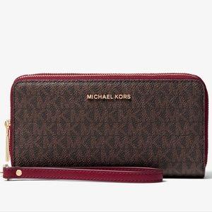 Michael Kors Berry Double Zip Wristlet Wallet NWT